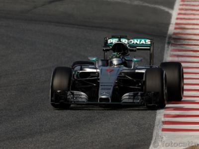 Formula 1, GP Russia 2016: la griglia di partenza. Rosberg in pole, solo 10° Hamilton!
