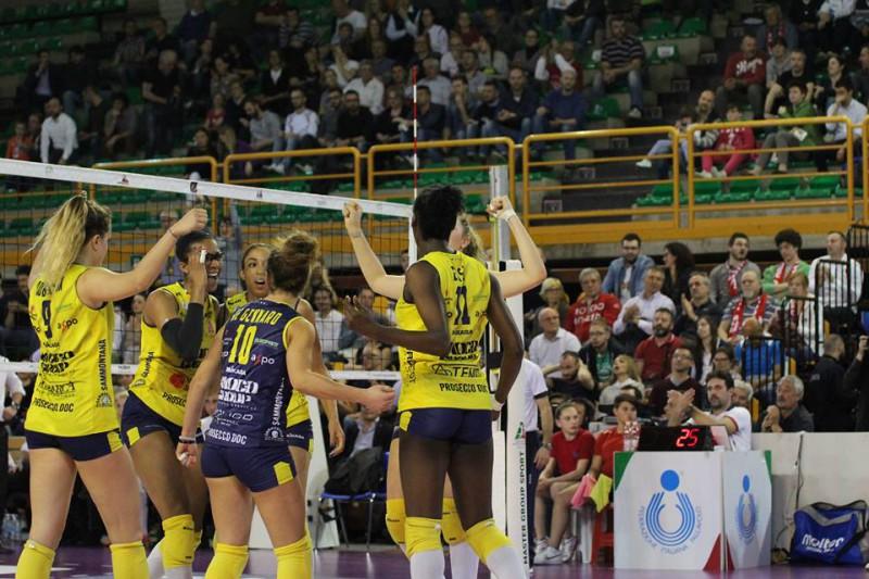 Conegliano-volley-Roberto.jpg