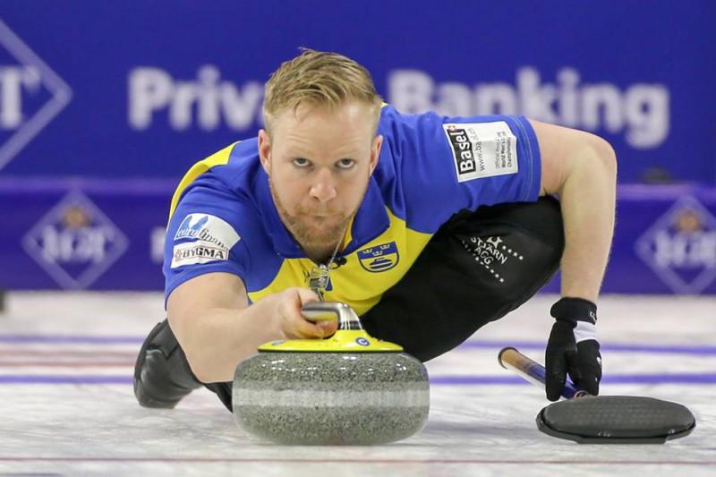 Curling-Niklas-Edin-WCF.jpg