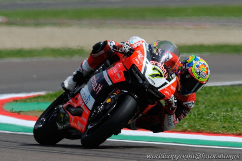 Davies-Superbike-FOTOCATTAGNI.jpg