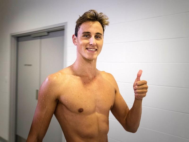 McEvoy-Australia-nuoto-foto-fb-Australian-Dolphins-Swim-Team.jpg