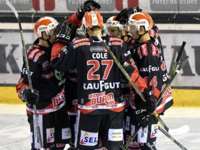 Hockey ghiaccio, AHL 2017: il Renon rifila sette reti al Cortina, brusco stop per l'Asiago