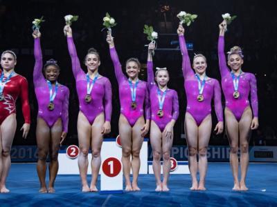 Ginnastica, Pacific Rim – Simone Biles dall'Olimpo: allucinante 62.45! Dominio USA, super Raisman e Locklear