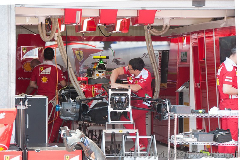 Ferrari-Foto-Cattagni.jpg