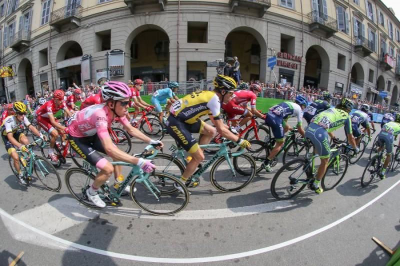 Giro-dItalia-generica-Marco-Cometto.jpg
