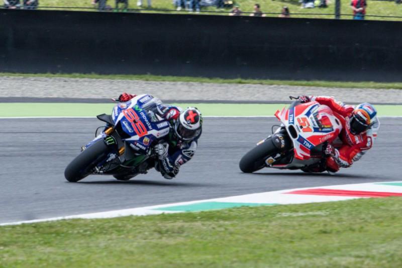 Lorenzo-MotoGP-Marco-Fattori.jpg