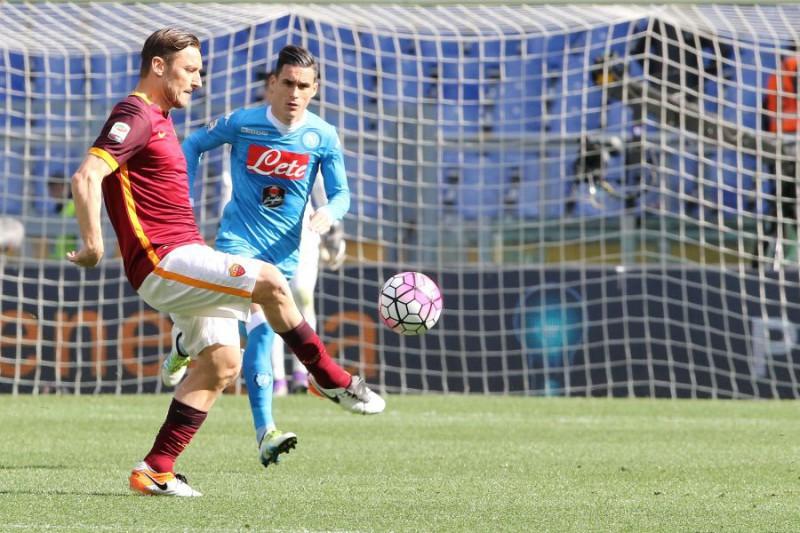Totti-2-Gianfranco-Carrozza.jpg