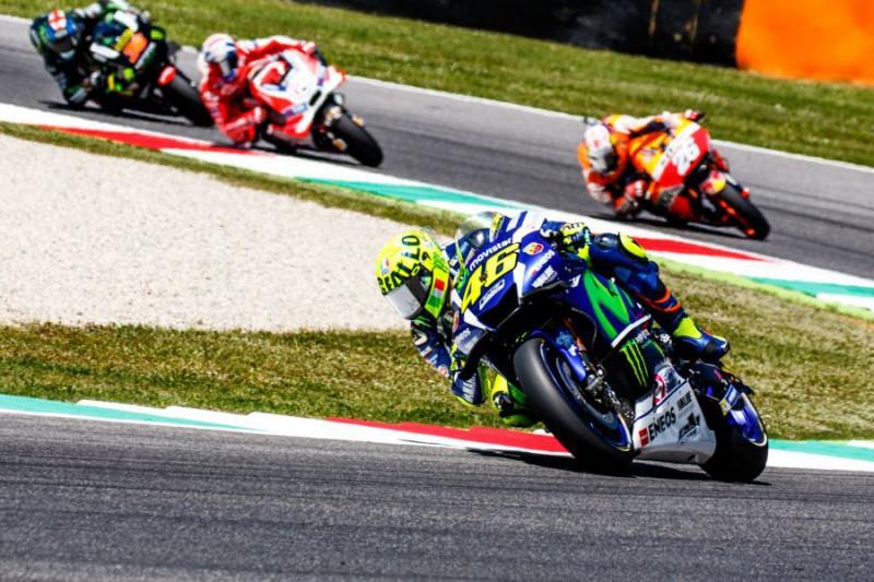 Valentino-Rossi-4-Marco-Fattori.jpg