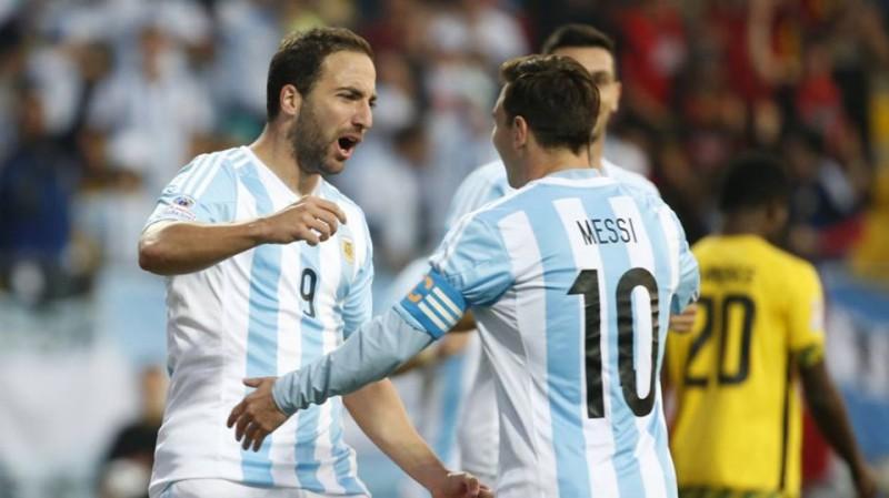 calcio-messi-higuain-argentina-fb-official-gonzalo-higuain.jpg