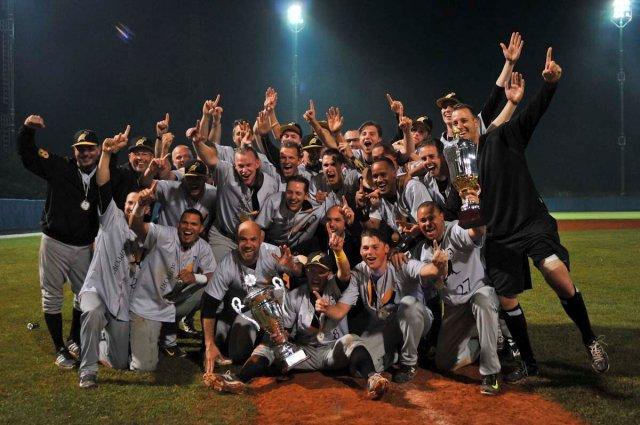 Amsterdam_Coppa-Baseball_Bassani_Fibs.jpg