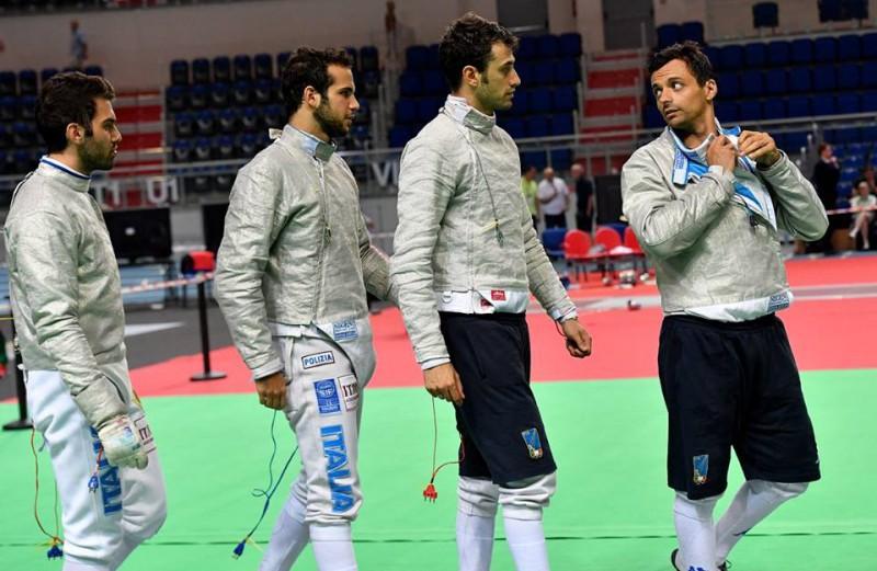 Berrè-Curatoli-Samele-Occhiuzzi-italia-sciabola-maschile-a-squadre-europei-torun-2016-scherma-foto-augusto-bizzi-federscherma.jpg