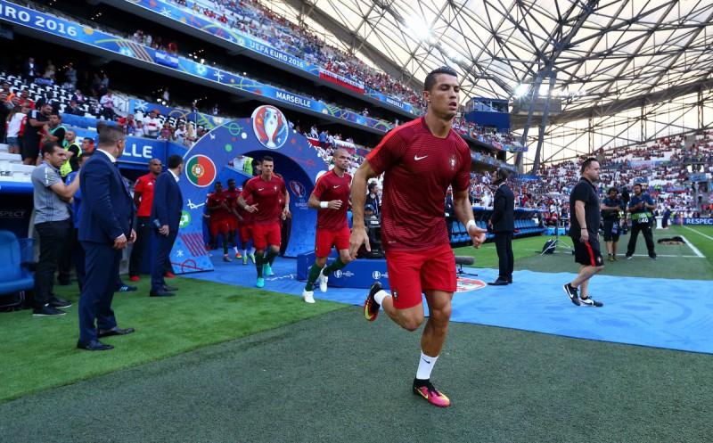 Cristiano-Ronaldo-portogallo-calcio-foto-da-twitter-uefa-euro-2016.jpg