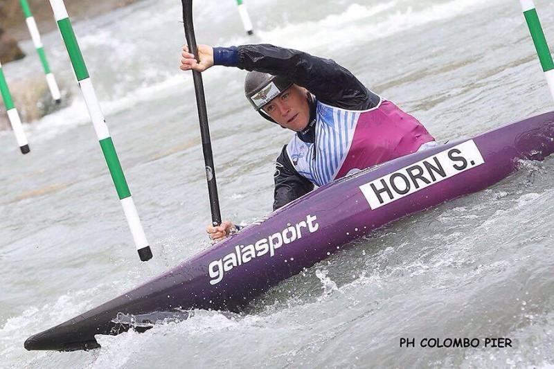Horn-2-Canoa-Slalom-Pier-Colombo.jpg