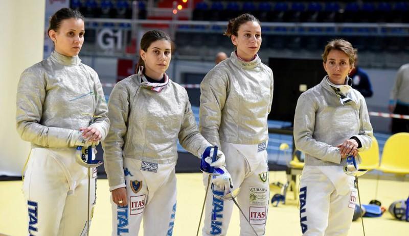 Irene-Vecchi-Rossella-Gregorio-Loreta-Gulotta-Ilaria-Bianco-sciabola-femminile-europei-scherma-torun-2016-foto-augusto-bizzi-federscherma.jpg