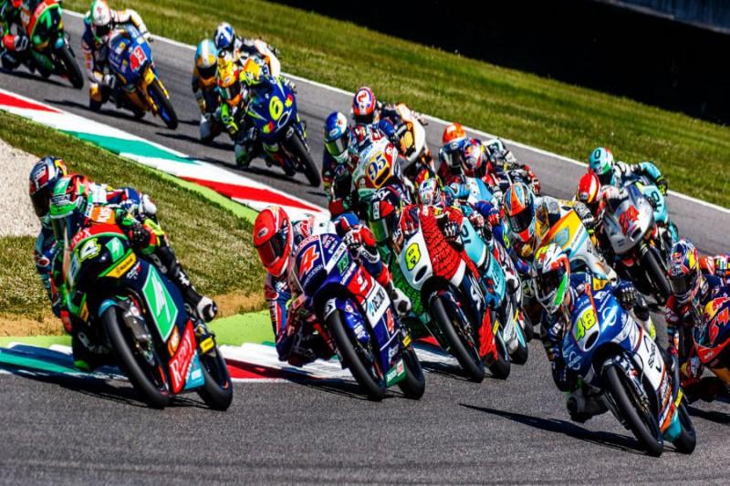 Moto3-Generica-Marco-Fattori.jpg