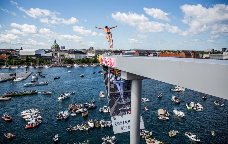 Orlando-Duque-tuffi-grandi-altezze-copenhagen-foto-Romina-Amato-fb-Red-Bull-Cliff-Diving.jpg