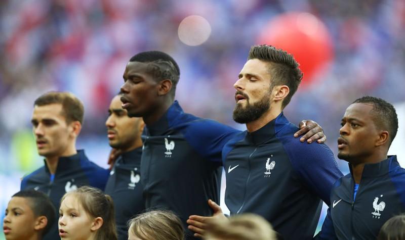 Pogba-Giroud-Evra-Francia-calcio-foto-twitter-euro-2016.jpg