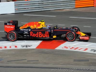 F1, GP Gran Bretagna 2016, le pagelle: monologo Hamilton, aureola per Verstappen. Buio pesto Vettel