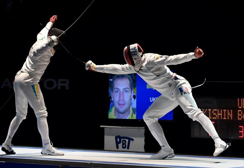 Yannick-Borel-spada-maschile-Francia-foto-augusto-bizzi-federscherma.jpg