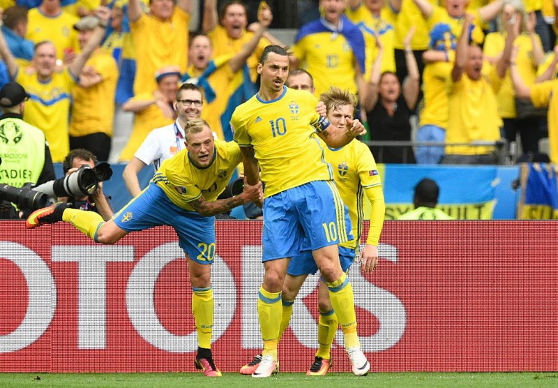 calcio-ibrahimovic-svezia-twitter-uefa-euro-2016.jpg