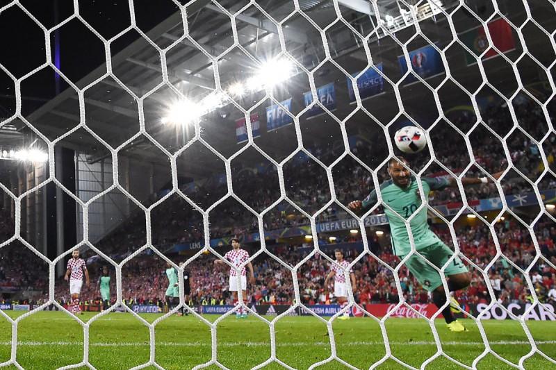 calcio-quaresma-portogallo-twitter-uefa-euro-2016.jpg