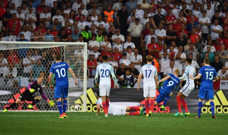 calcio-sigthorsson-islanda-twitter-uefa-euro-2016.jpg