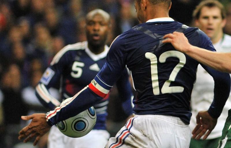 mano-Henry-Francia-Irlanda.jpg