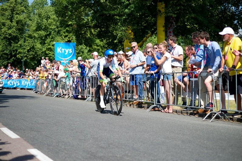 1024px-Tour_de_France_2015_Utrecht_192267956281.jpg