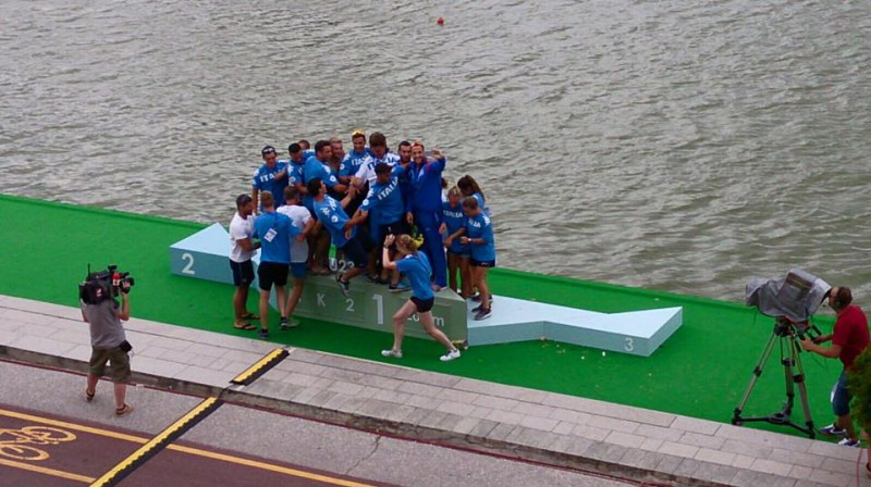 Canoa-velocità-foto-federazione-fb.jpg