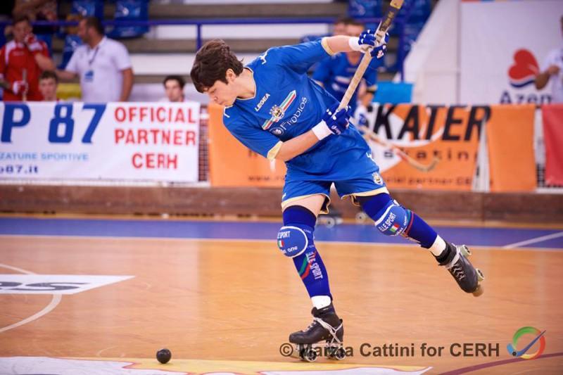 Cocco_Italia_Hockey-pista_cattini_Cerh.jpg