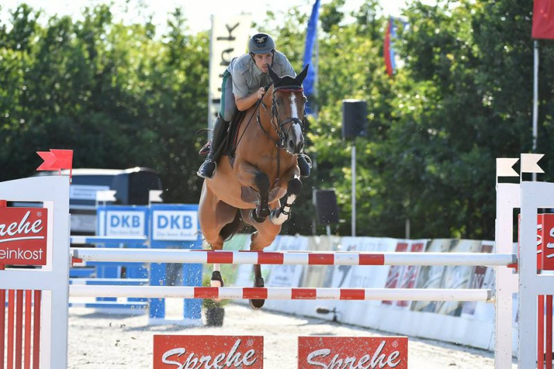 Equitazione-Emanuele-Gaudiano.jpg
