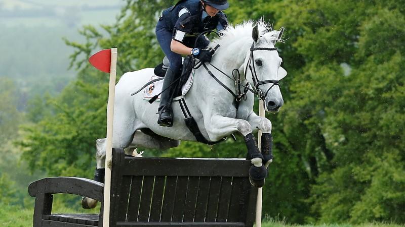 Equitazione, Europei 2017 Completo: Bettina Hoy resiste al comando dopo il Dressage, tris tedesco in vetta. Esordio discreto per Vittoria Panizzon
