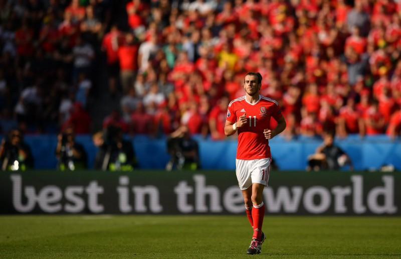 Gareth-Bale-calcio-galles-foto-twitter-uefa-euro-2016.jpg