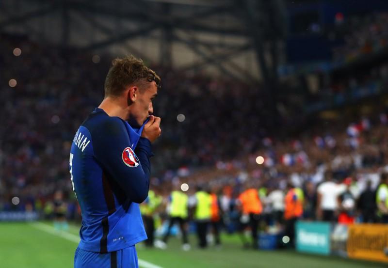 Griezmann-3-calcio-foto-twitter-uefa-euro-2016.jpg