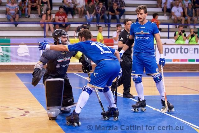 Italia_hockey-pista_Cattini_Cerh.jpg