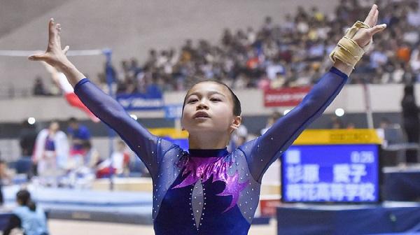 Lee-Eun-ju-corea-giappo-ginnastica.jpg