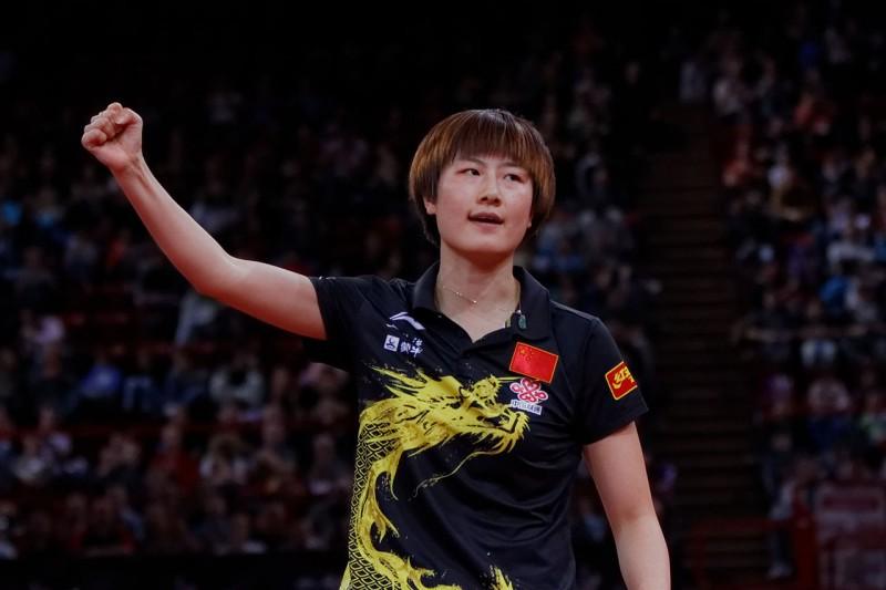 Li-Xiaoxia-tennistavolo-foto-wikipedia.jpg