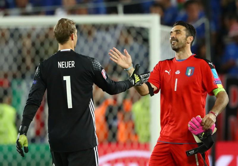 Neuer-Buffon-Germania-Italia-calcio-foto-twitter-uefa-euro-2016.jpg