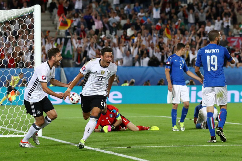 Ozil-germania-calcio-foto-twitter-uefa-euro-2016.jpg