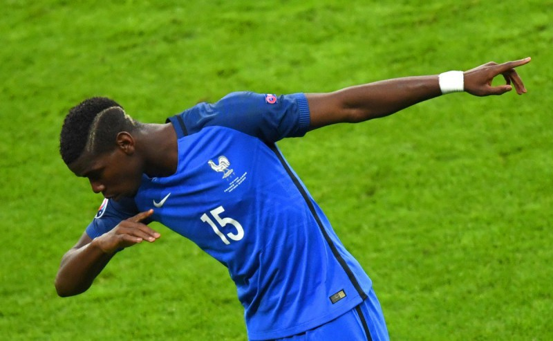 Pogba-francia-foto-twitter-uefa-futsal-2016.jpg