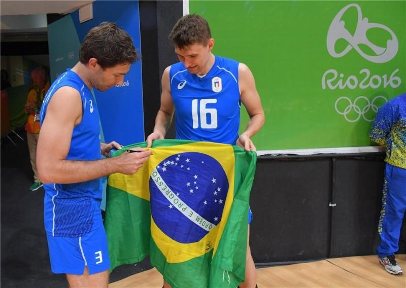 Antonov-Sottile-Italia-volley-bandiera-Brasile.jpg