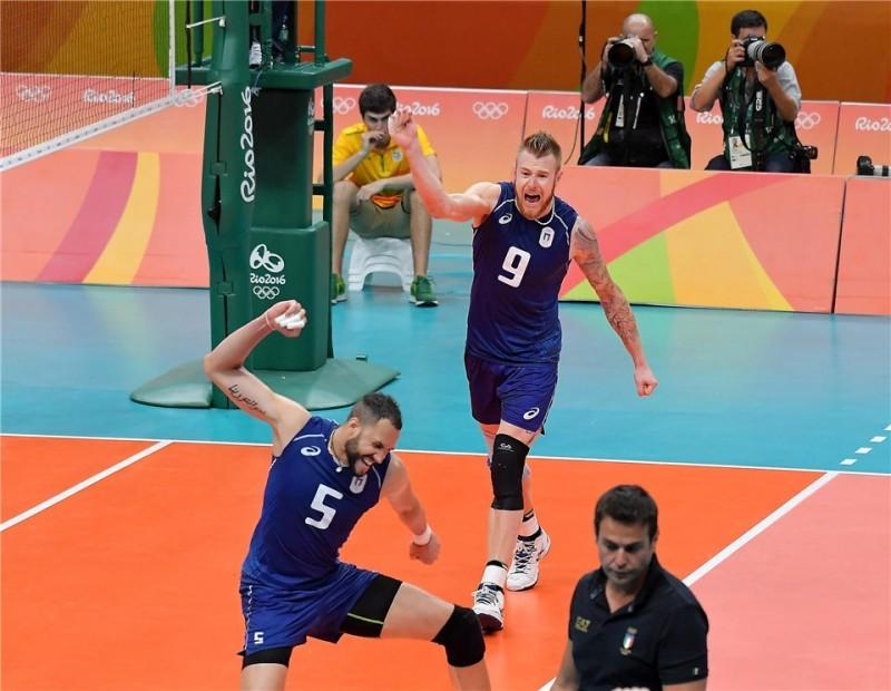 Esultanza-Juantorena-Zaytsev-Italia-volley.jpg