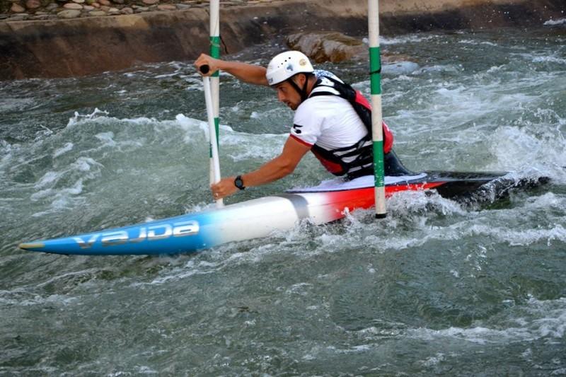 Gargaud-Chanut-canoa-foto-pagina-fb-sua.jpg
