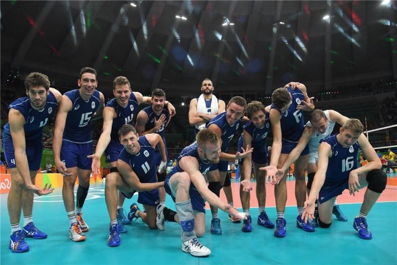 Italia-festeggia-USA-volley-Olimpiadi.jpg