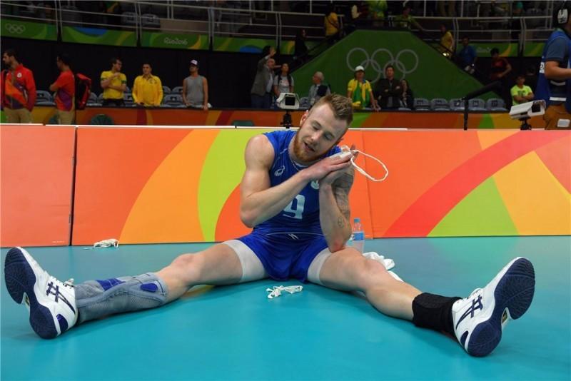 Ivan-Zatysev-dorme-Italia-volley.jpg