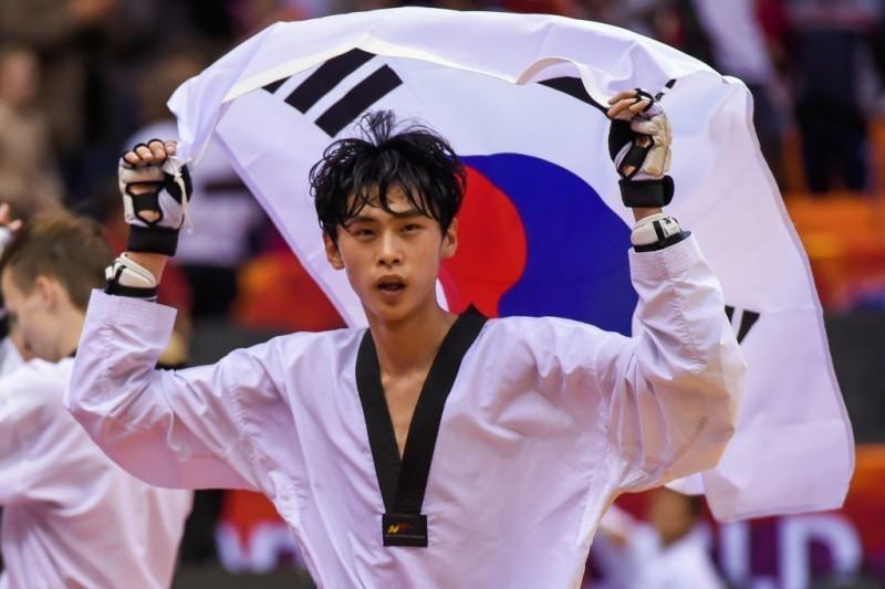 Taekwondo-Kim-Tae-Hun.jpg