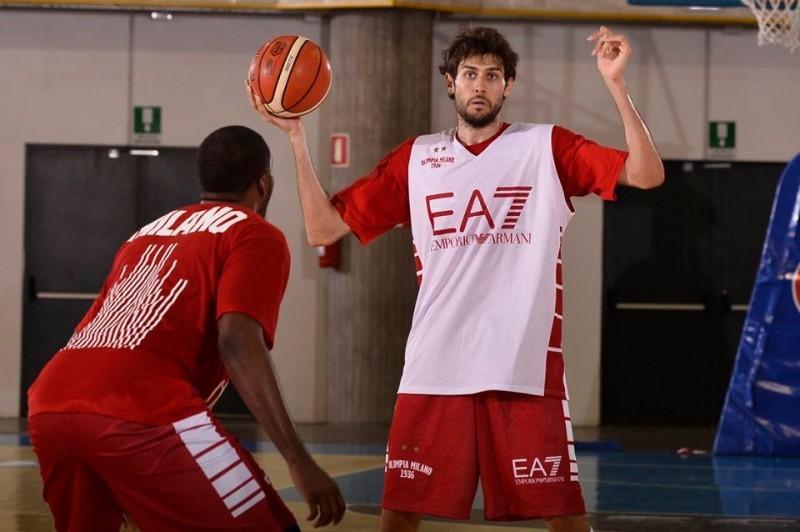 basket-davide-pascolo-milano-fb-olimpia-milano.jpg