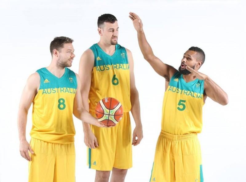 basket-dellavedova-bogut-mills-australia-fb-basketball-australia.jpg