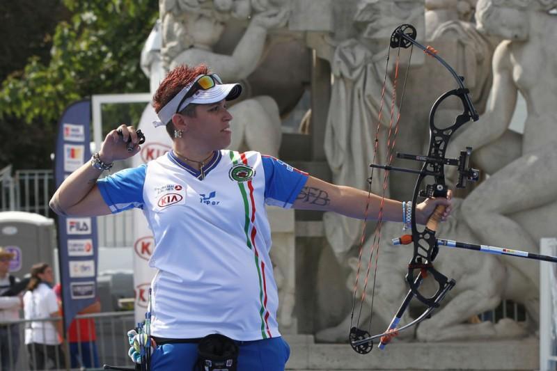 1280px-2013_FITA_Archery_World_Cup_-_Mixed_Team_compound_-_Final_-_03-e1474726935701.jpg