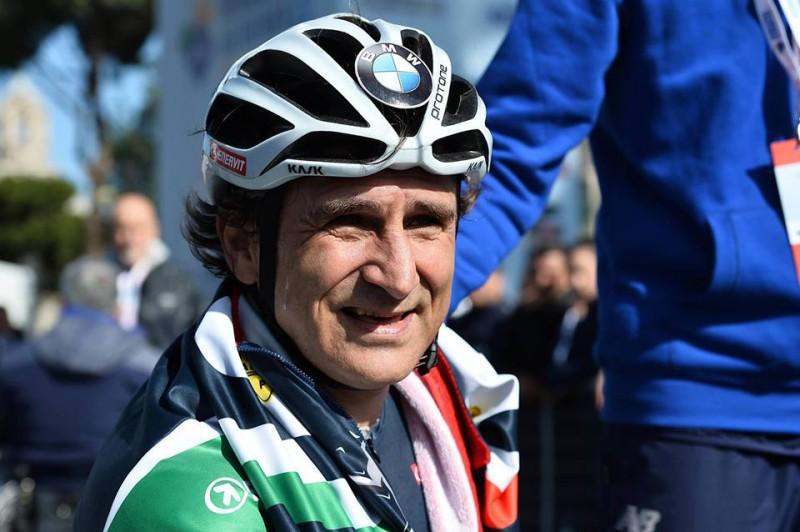 Alex-Zanardi-ciclismo-paralimpiadi-rio-2016-foto-facebook-zanardi-4.jpg